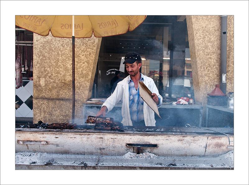 Marruecos, turismo, fotografía de viajes, fotografía callejera, carnicería, carne, venta, puesto, mercado