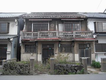 戦後の2階建て建物
