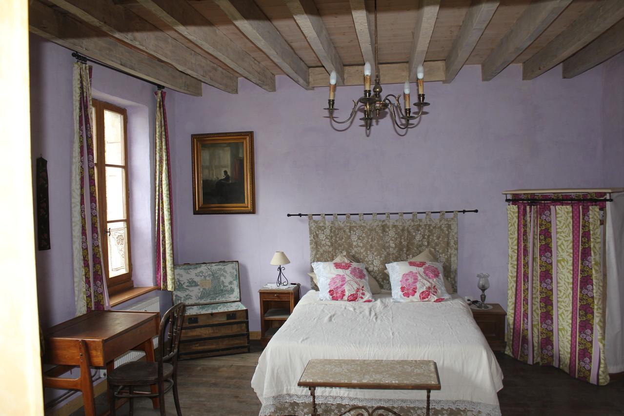 chambre lilas écogîte Thiérache