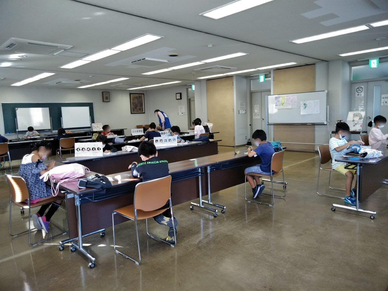 20211017蟹江歴史民俗資料館 勾玉づくり