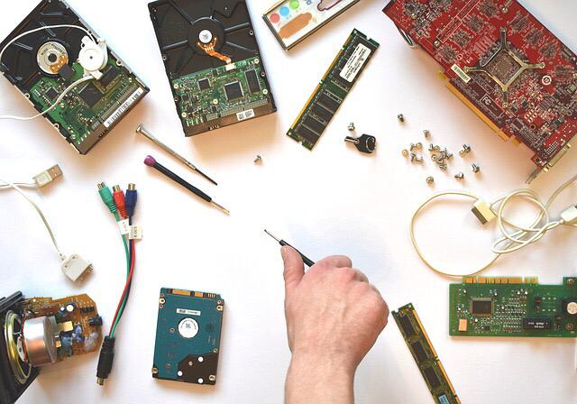 Reduziere die Spannung, um zu sehen, wann es zu einem Verlust von RAM Daten kommt. Memory cant be reserved