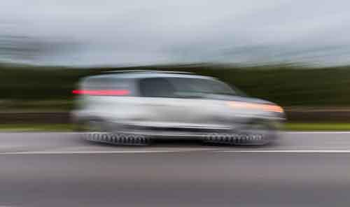 Fahrerflucht oder Unfallflucht? Martin Borsch - Rechtsanwalt für Verkehrsrecht in Rastatt und Bühl hilft sofort.