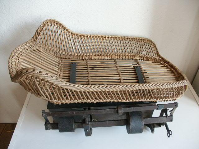 Antike Waagensammlung und Gewichte aus aller Welt