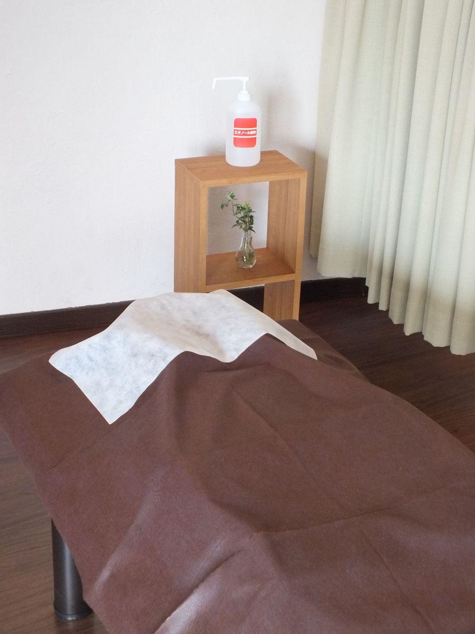 使い捨てベッドカバー