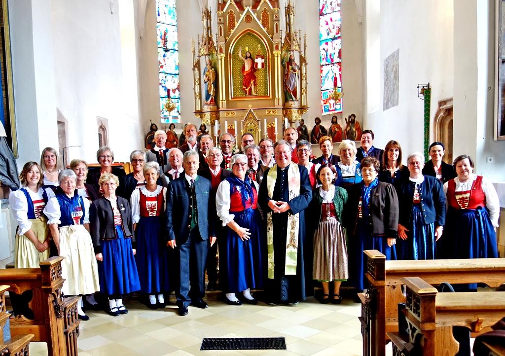 Der Tiroler Trachtlerchor