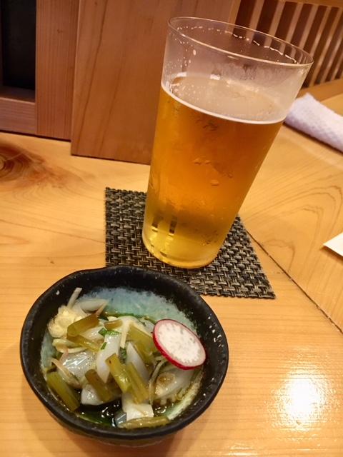 グラスビールは飲みかけです!w