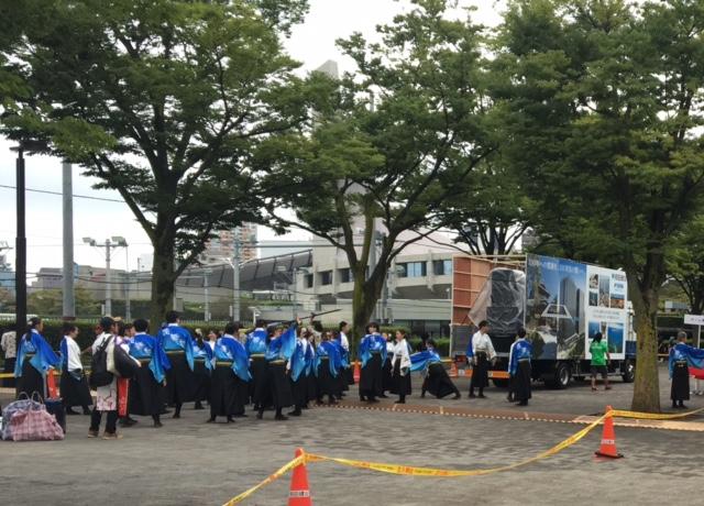NHK前ストリート! 地方車が踊り子を先導します☆