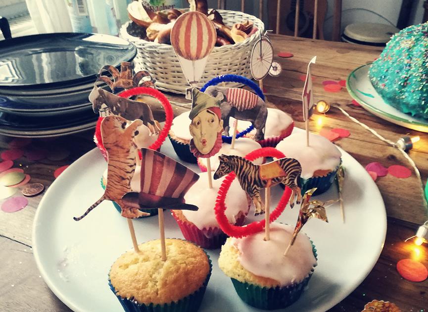 D.I.Y. Muffin-Deko-Set, Zirkus-Figuren als Deko auf Muffins