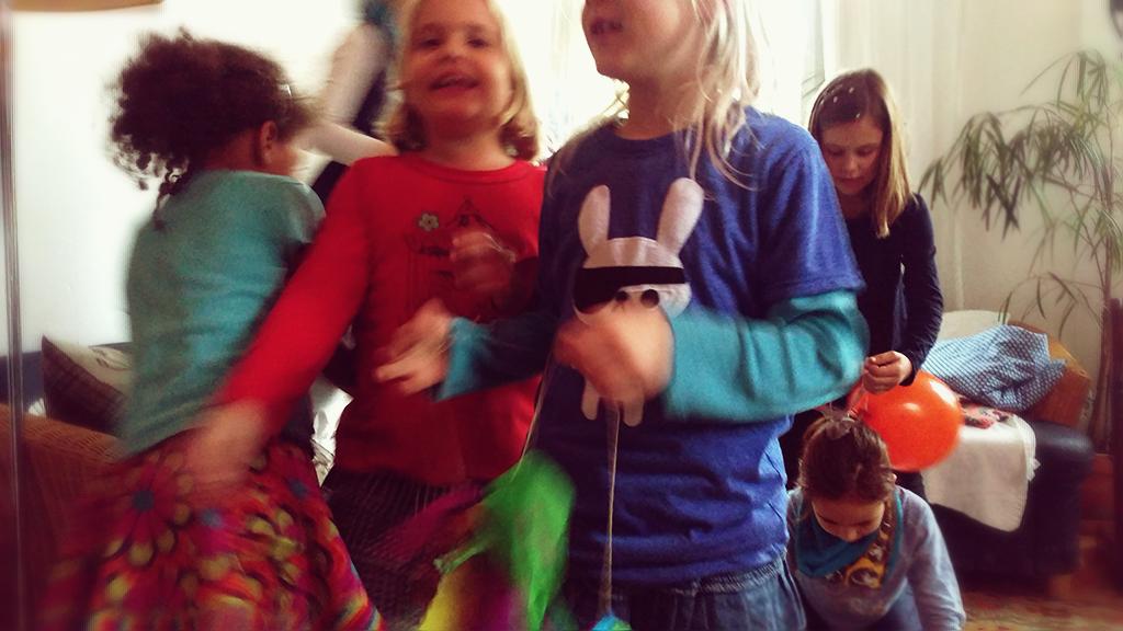 Geburtstag, Kindergeburtstag, Thema Farben, kunterbunt