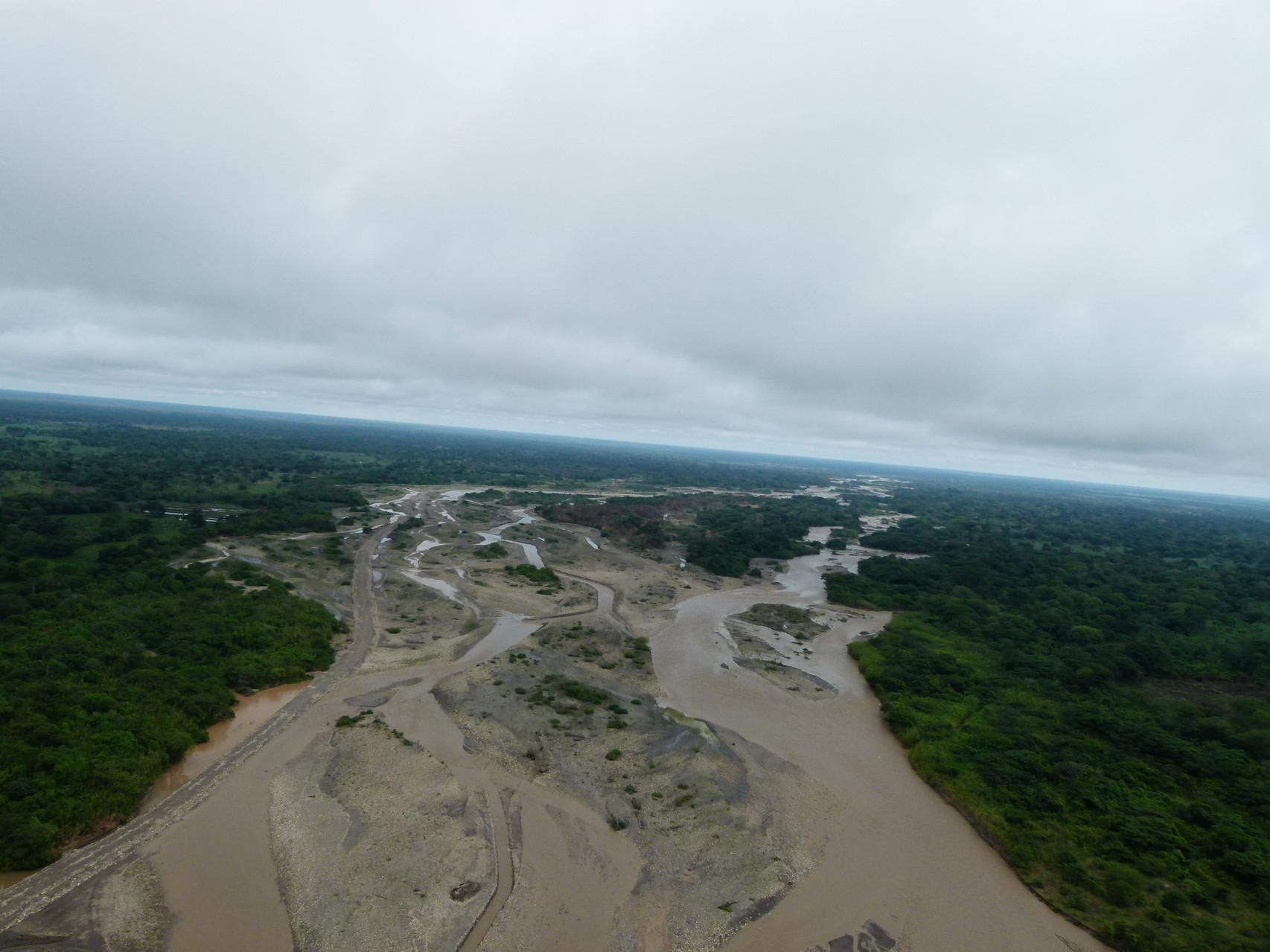 Impacto ambiental y desvió de ríos