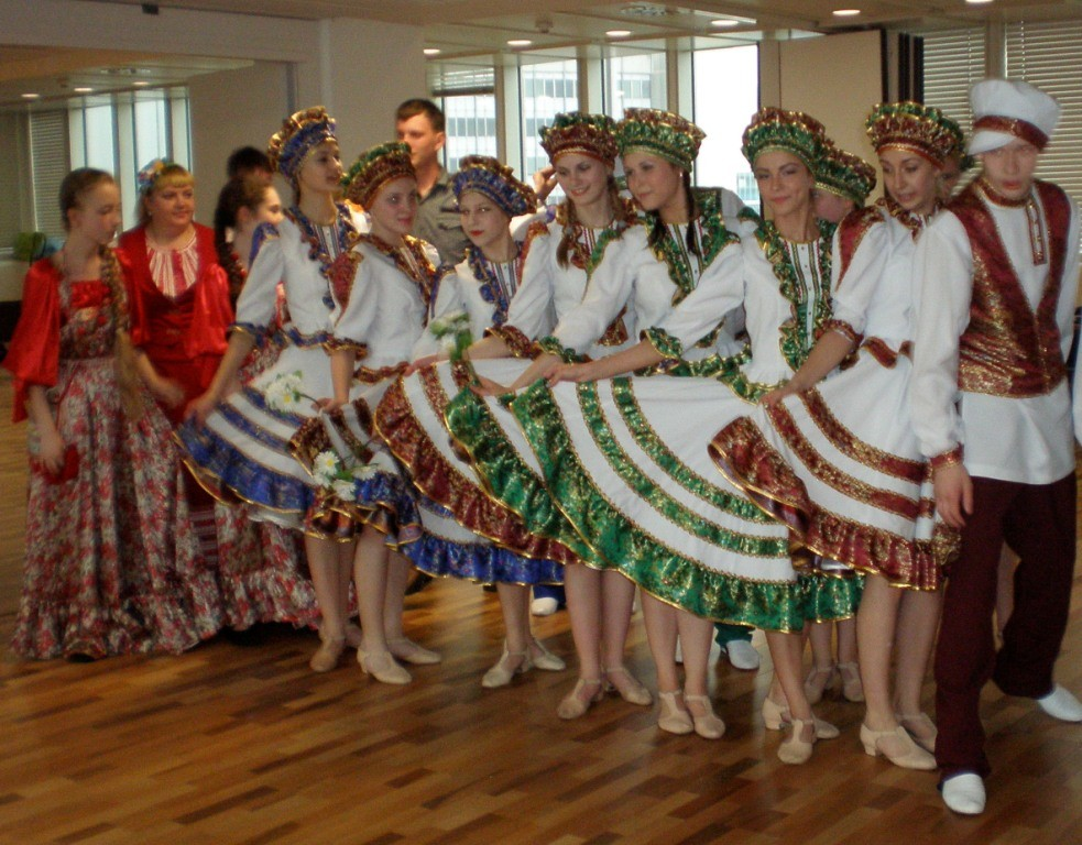 """CHILDREN PEACE MISSION  RUSSIAN EUROPEAN ASSOCIATION FOR INTERNATIONAL ,Thursday, 2 May, 17.00, VIENNA INTERNATIONAL CENTRE"