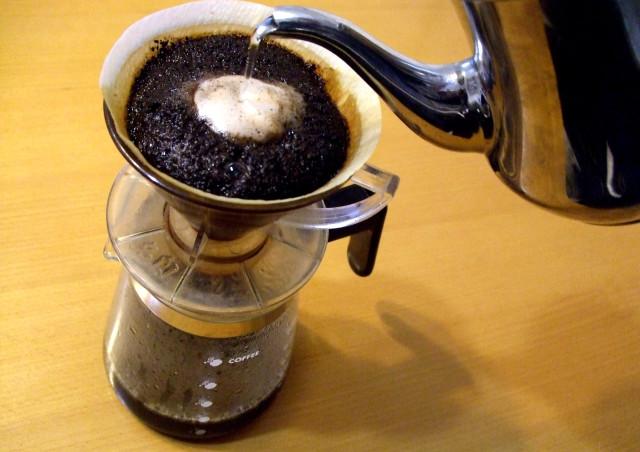 神戸でスペシャルティコーヒーをお探しなら「LANDMADE」のコーヒーをお試しください!~コーヒー豆以外にもコーヒーポットやドリップバッグがあります~