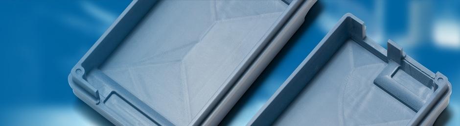 Auf diesem Bild ist ein gefrästes Kunststoffgehäuse abgebildet.