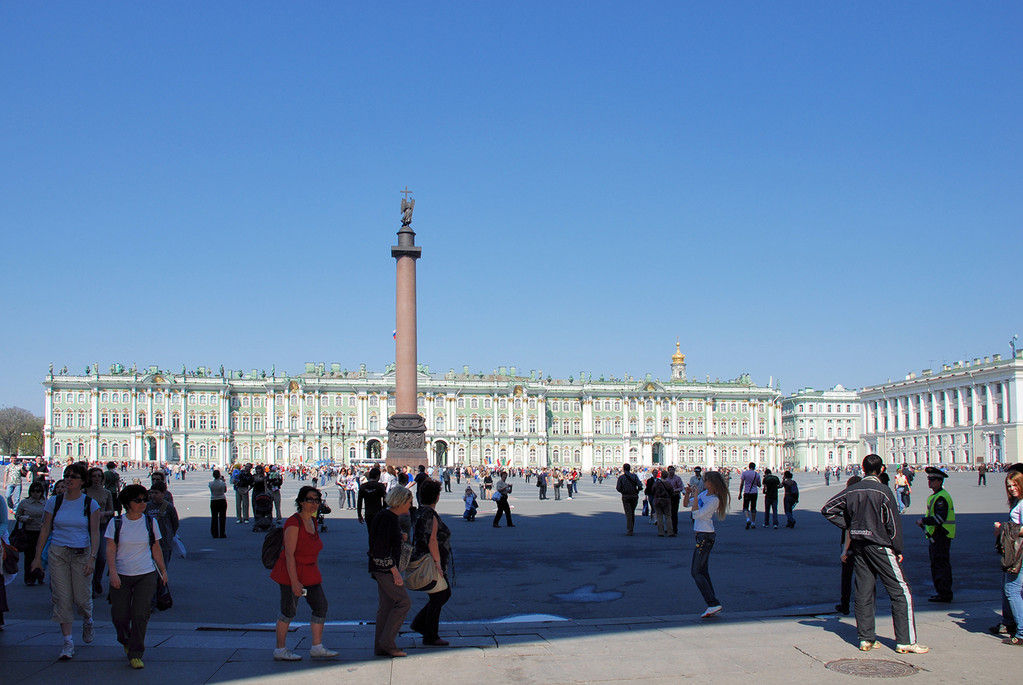 Дворцовая площадь. Зимний дворец.