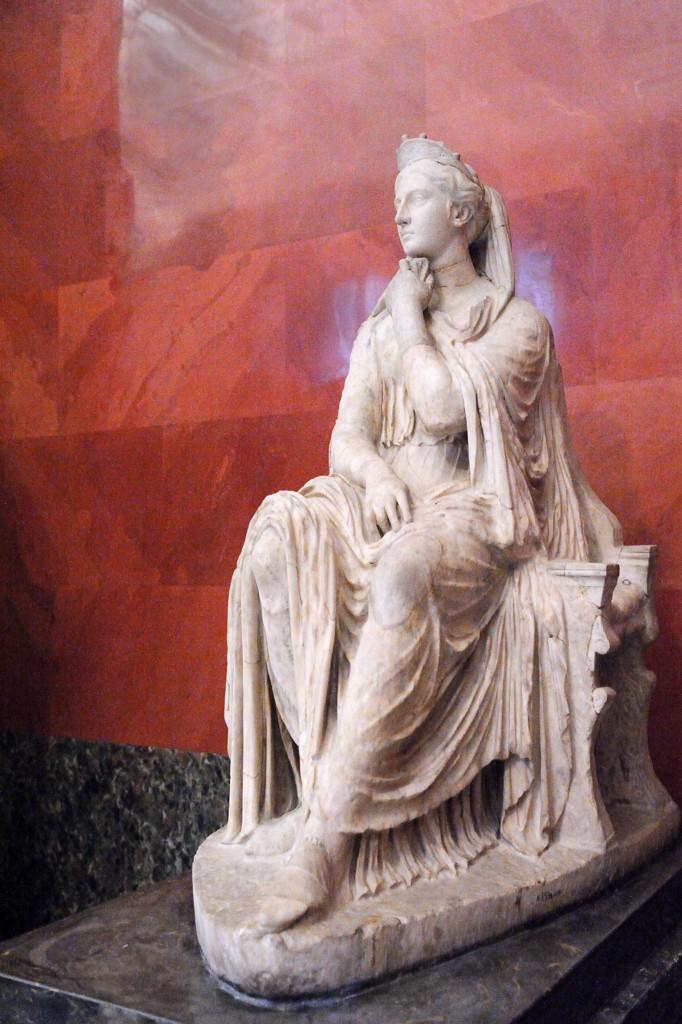Портретная статуя женщины. Греческий оригинал III в до н.э.