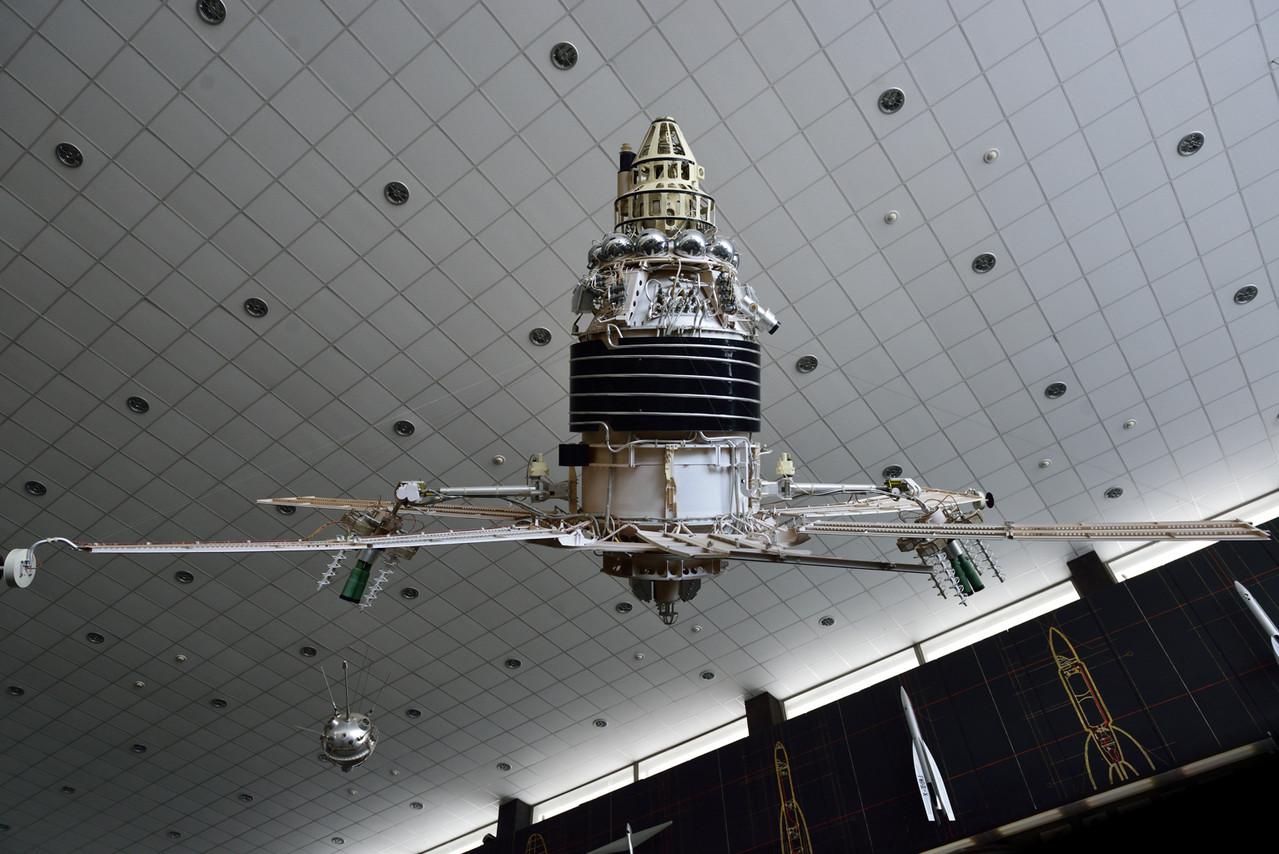 Спутник связи серии «Молния-1».