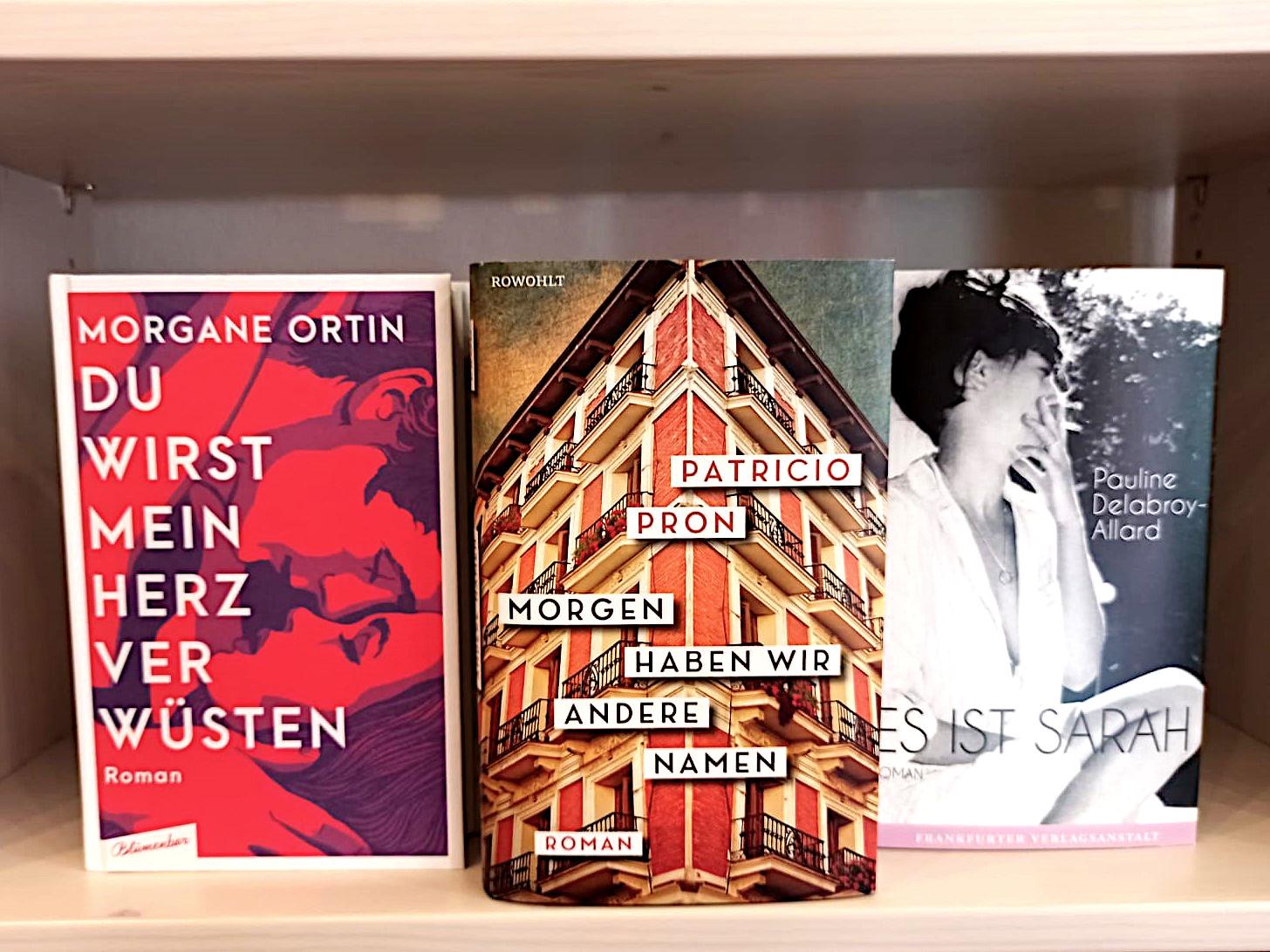 Habt ihr auch einen richtig schönen Liebesroman bei euch im Buchladen?