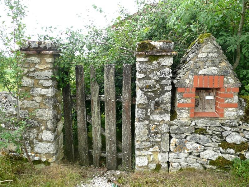 ancienne porte d'entrée - gîte Le Mas de La Gariotte