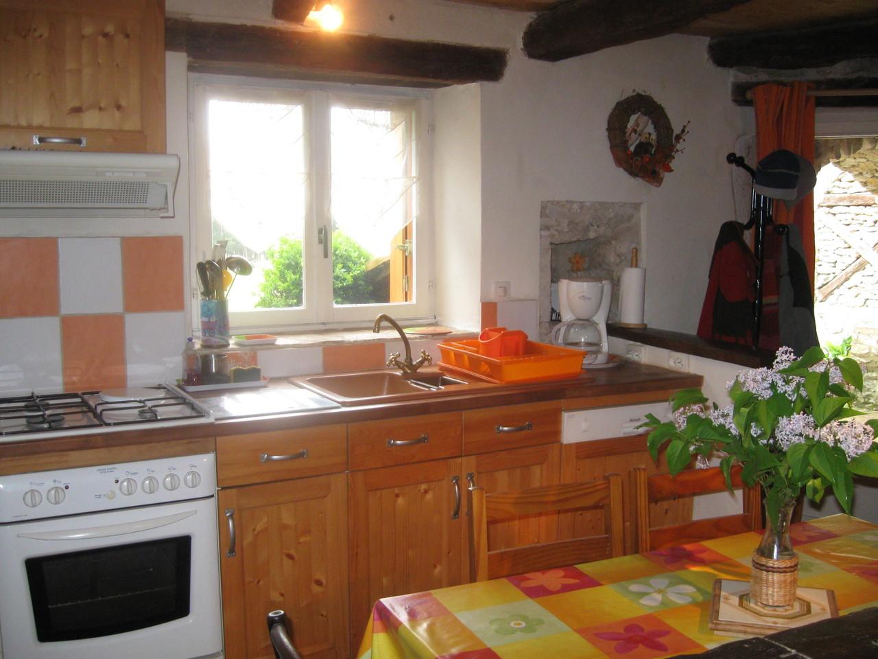 coin cuisine ouvert sur le séjour