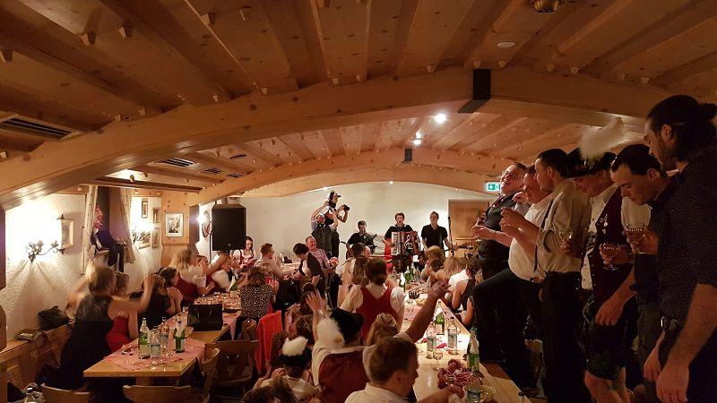 bayrische Stimmungsmusik Alpfuier in action aus dem Oberallgäu, Ostallgäu, Unterallgäu (Bayern) und Tirol, Kempten, Füssen, Pfronten, Kaufbeuren, Memmingen, Reutte
