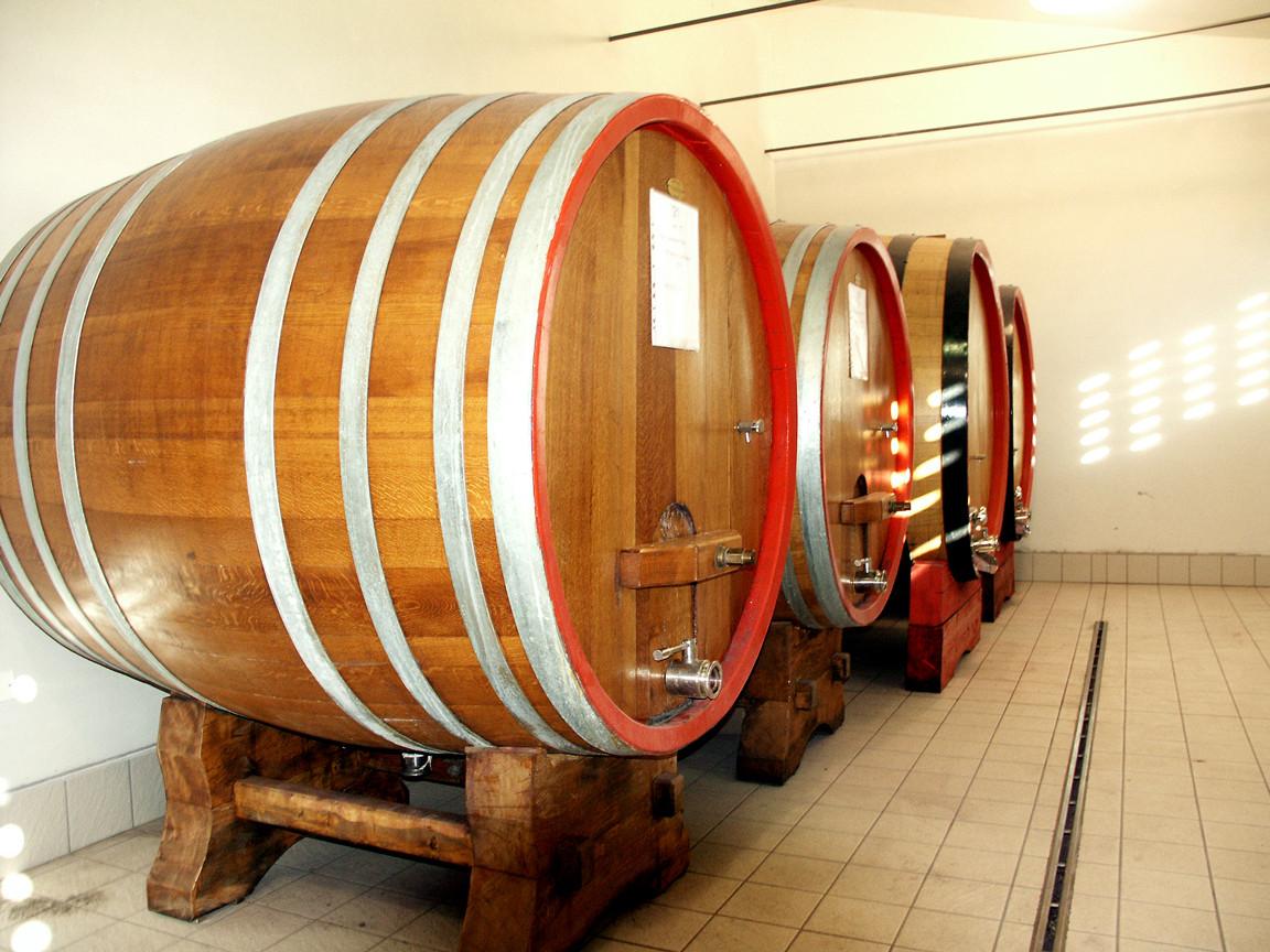 Wine refining area