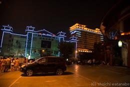 中国の夜は思っていたよりも安全でした。ご覧のとおり、夜もずっと明るいからです。