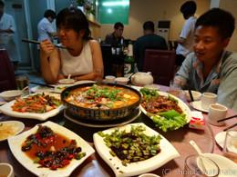 中国着後の初ご飯がこれ。ありがたや。