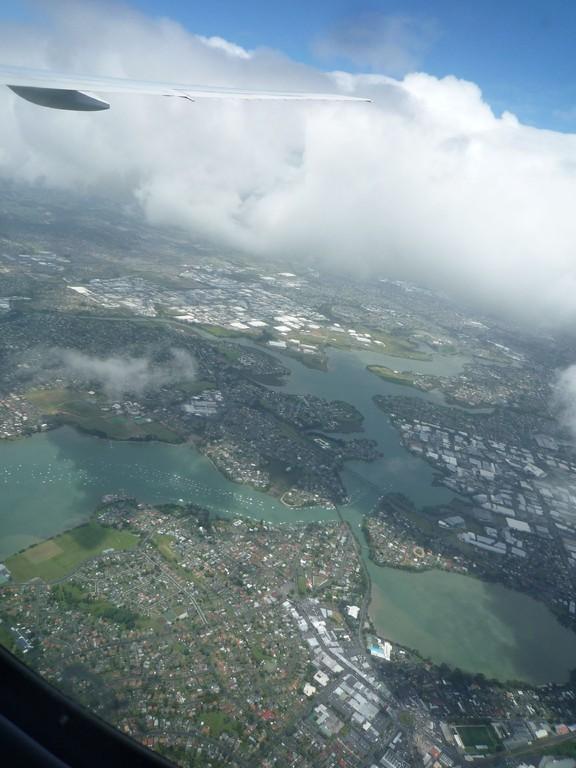 Flugzeug ueber Neuseeland