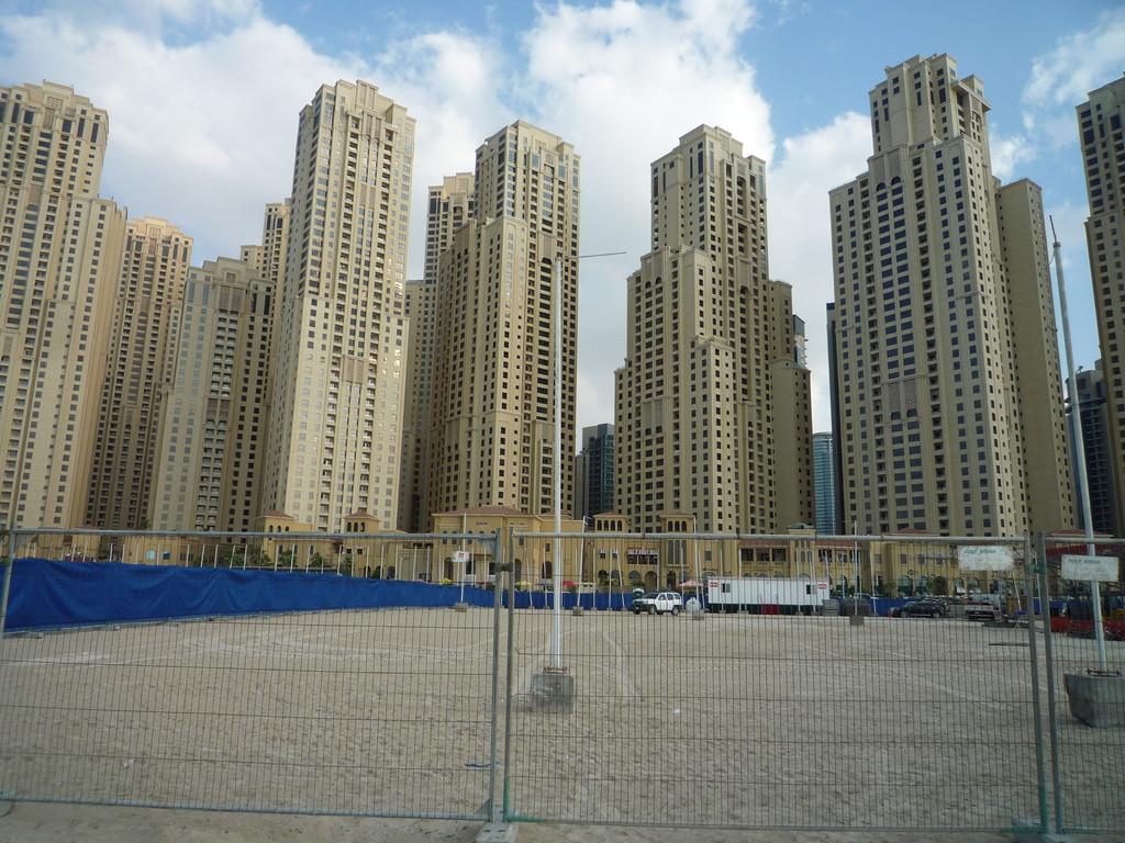 urspruenglich Wohnungen fuer die reichen. Aber keiner wollte da wohnen.