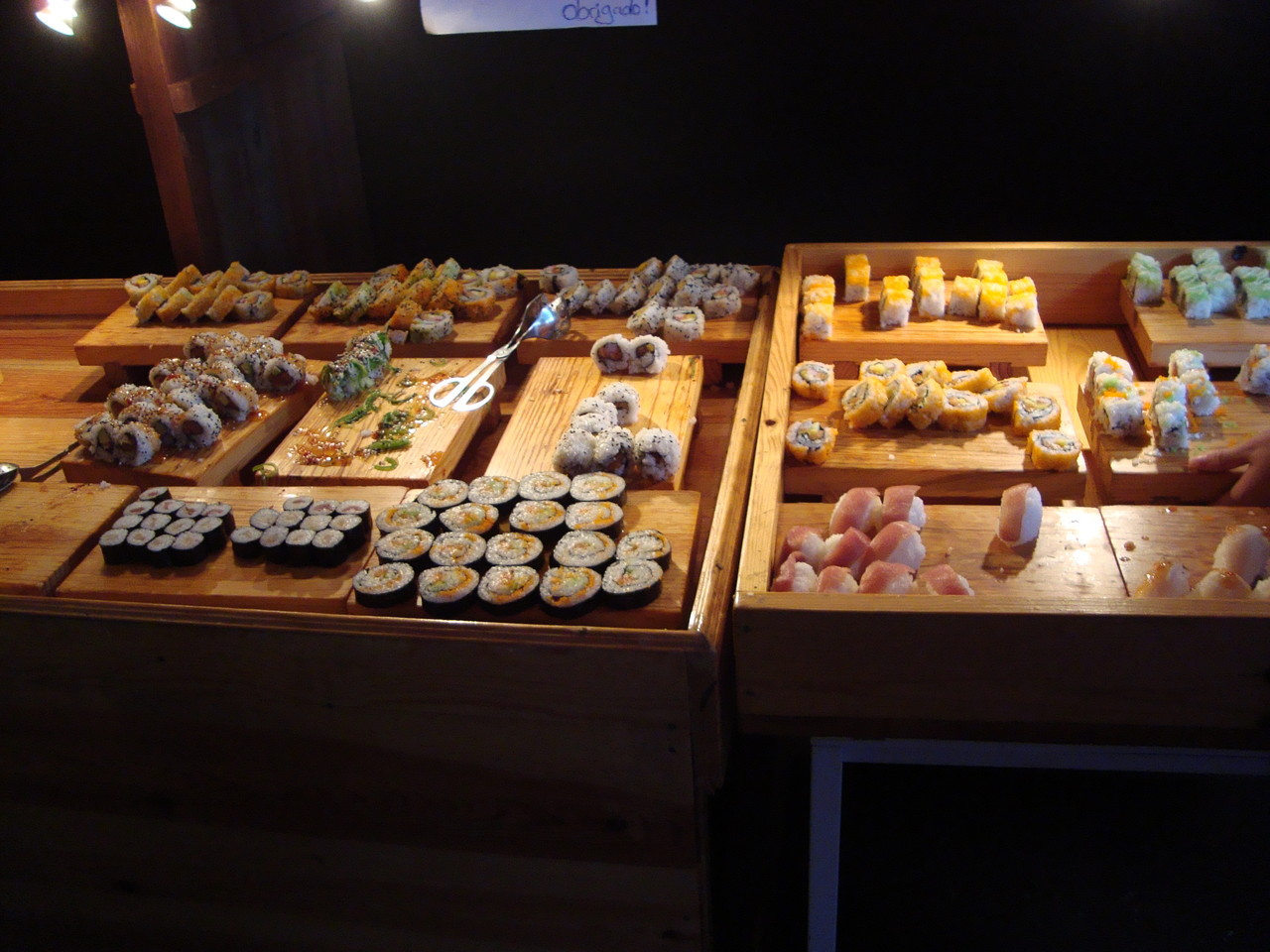 寿司バーに実は通ったりしました。