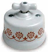 interruttore #deviatore #invertitore #ceramica #decoro #marrone #bianca #vintage #classico #manopola