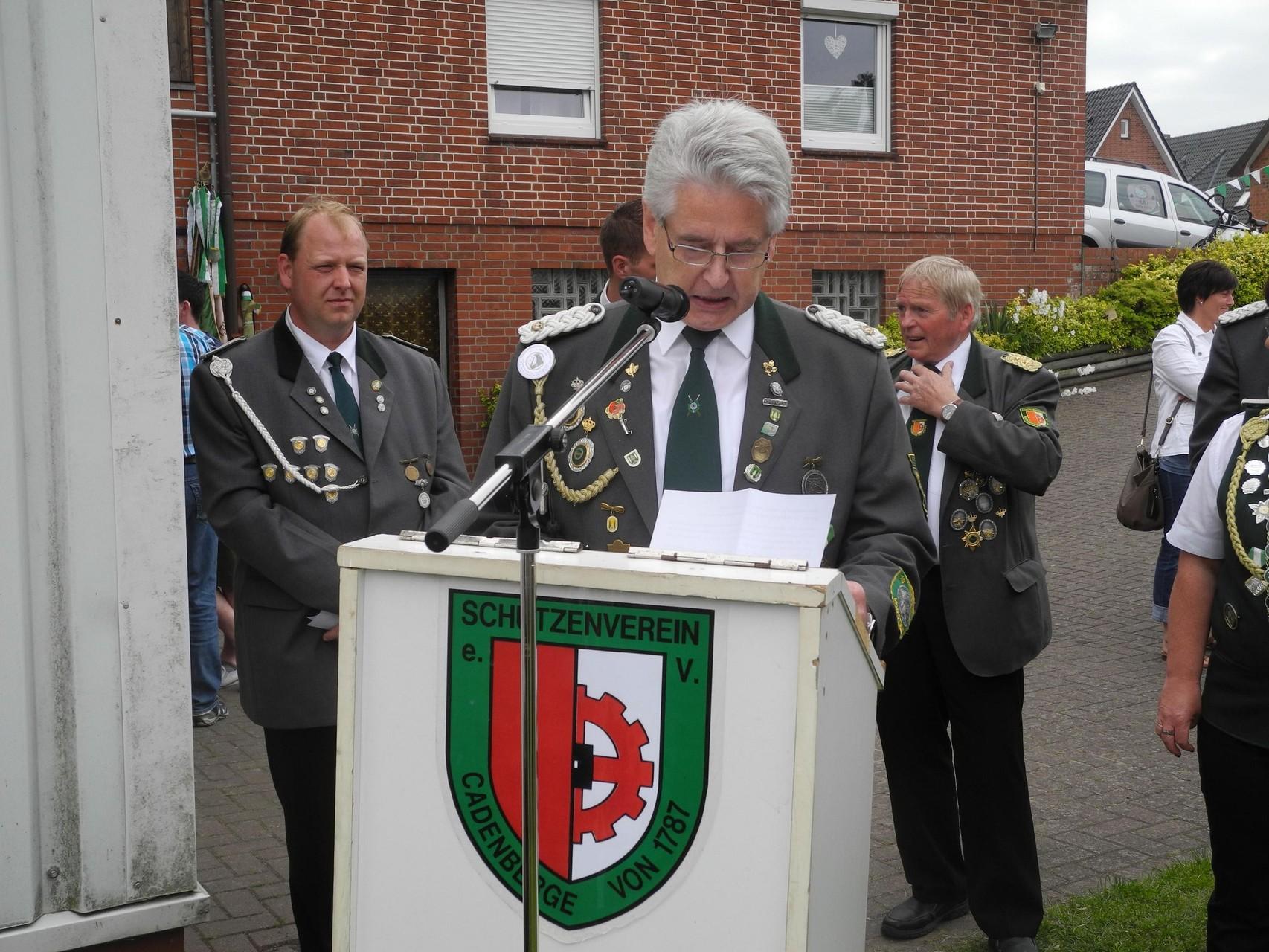 Überleitung zur Ehrung von Präsident Wolfgang Tiedemann. Foto: Jürgen Bauer