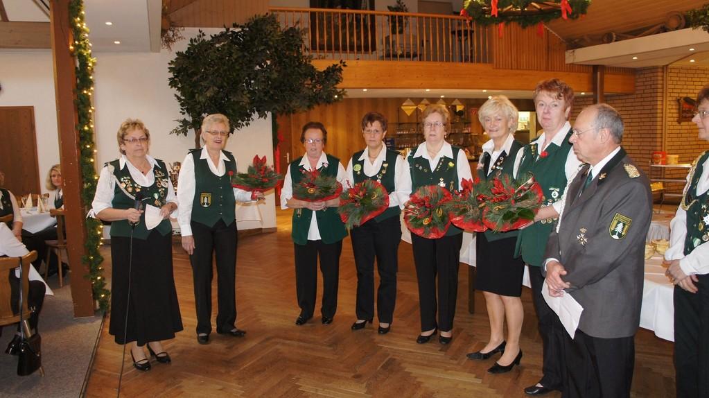 Ehrung verdienter Mitglieder der Damenabteilung