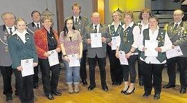 Die geehrten Mitglieder des Schützenvereins Zollbaum-Wingst. Foto: red