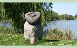 Steinskulptur am Mündesee