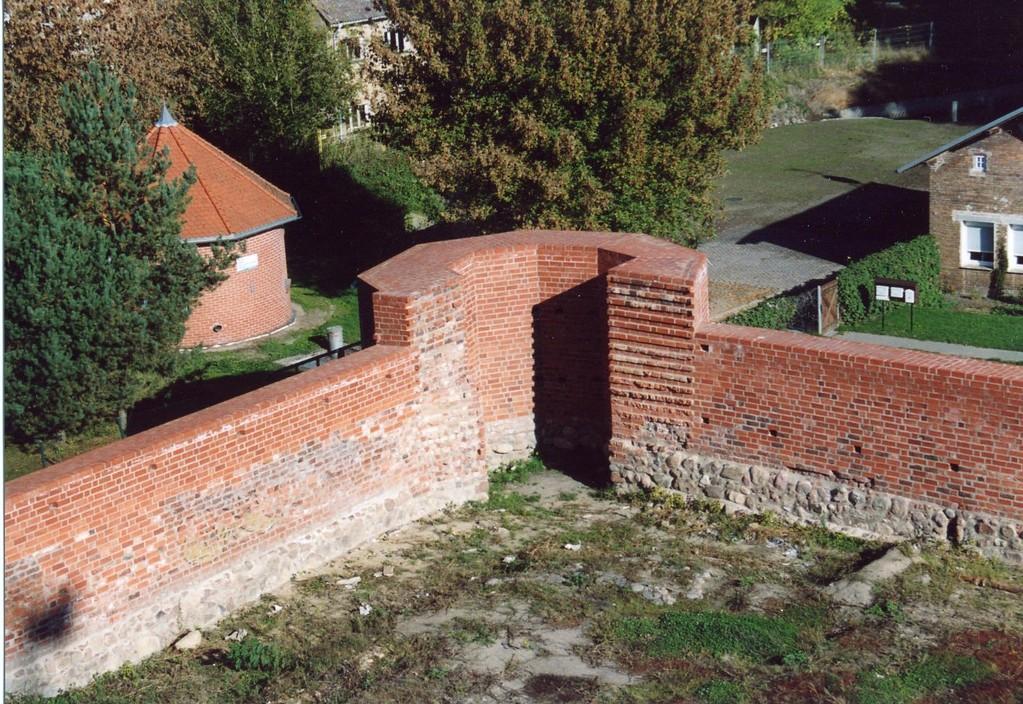 Teile der Burgruine