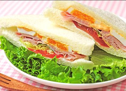 サンドイッチの日?( *´艸`)