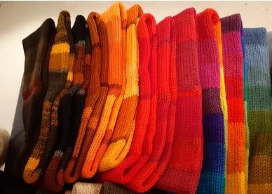 Wollstirnbänder gestrickt , von Sylvia Hanacik, a 22.-