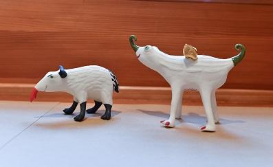 Tapir und geflügletes Hörnchen, von Margit Russnig