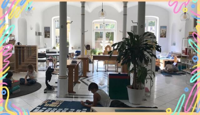 Montessori-Vindobona Schule Spanisch deutsch englisch