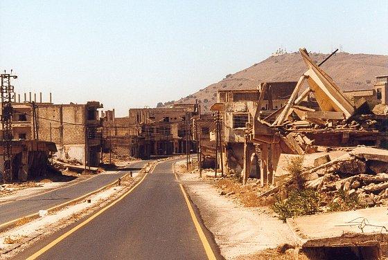 Kuneitra désertée ; pillée et détruite par l'armée israélienne entre 1967 et 1973. Christian Koehn, 2001.