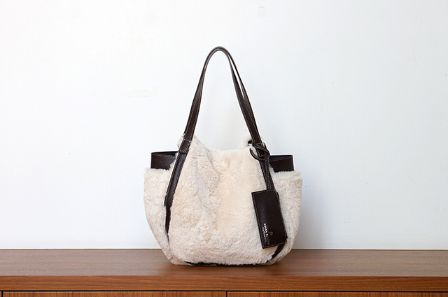 No. K907125 Natural 9,500yen+tax