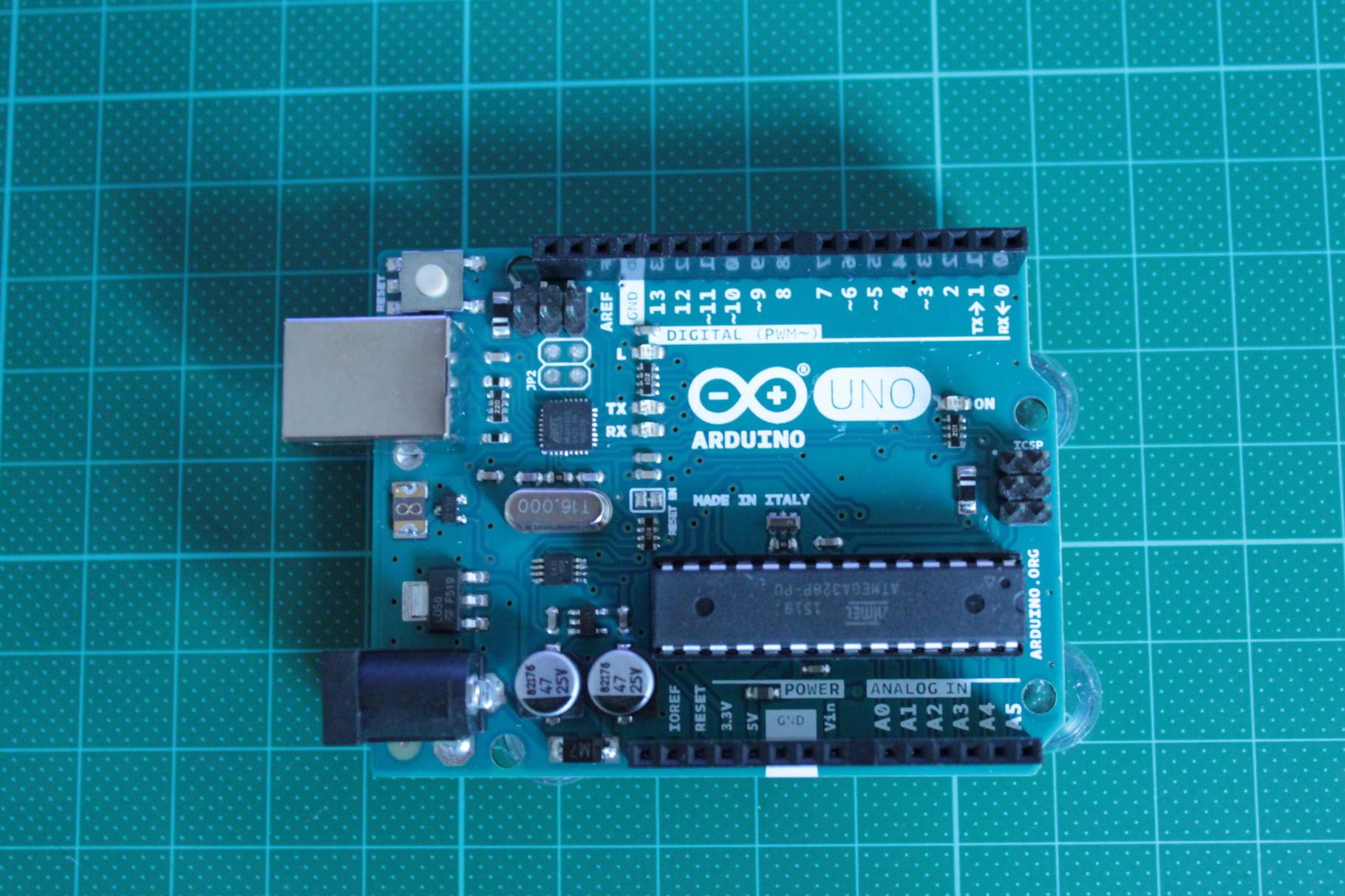 Arduino Uno (Groß wie eine Kreditkarte)