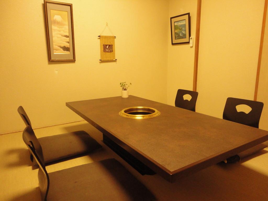 2階 完全個室 2タイプ完備(要予約)