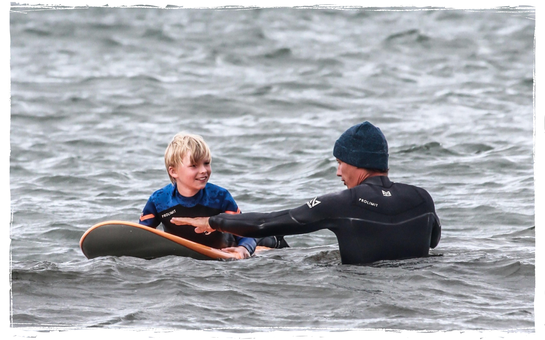 Wellenreiten Ostsee. Surfschule Kühlungsborn