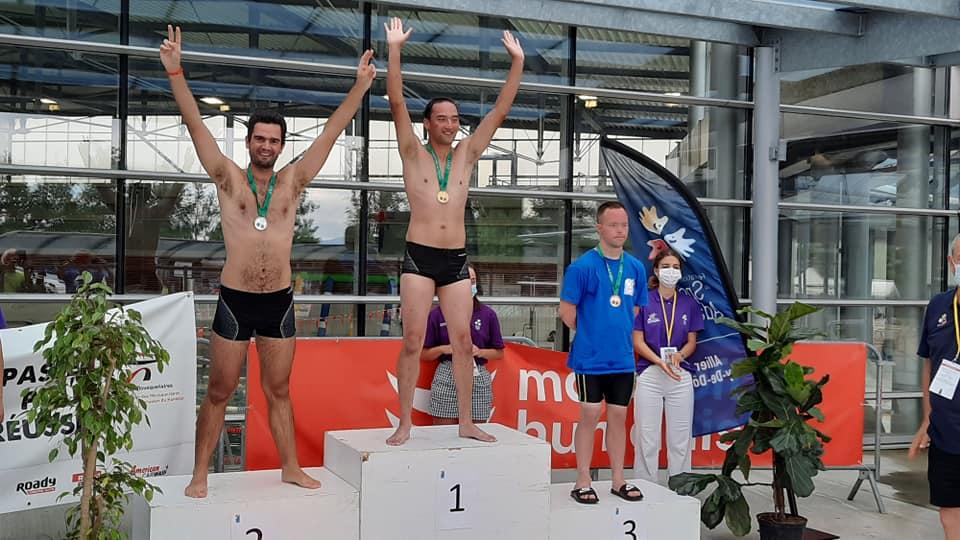 Doublé pour Olivier et Maxime en 50 m dos après qualifs!