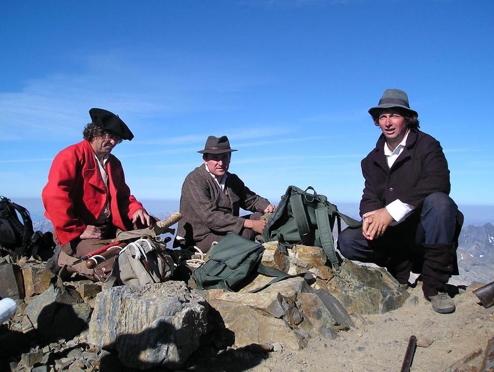 Joseph et Edgar Ney et leur guide au sommet