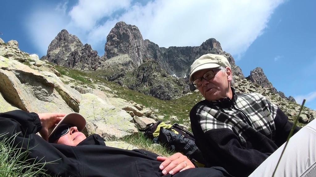 Petite pause au col de Peyreget