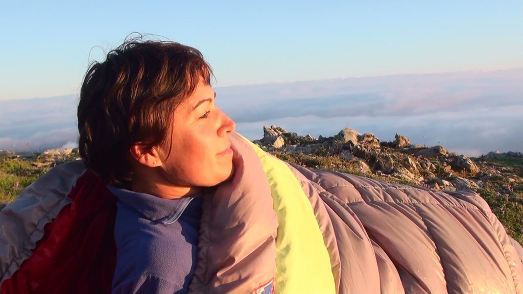 Réveil de Sandrine sur le Pic d'Orhy