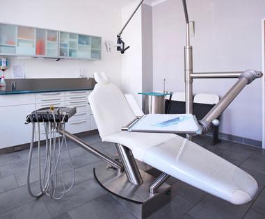 Anwendungsbeispiel Polsterung eines Zahnarztstuhls